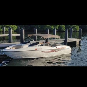 Jet Boat 2001 Yamaha Dos Motores for Sale in Miami, FL