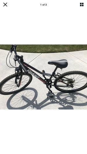 24 inch bike like new 80 for Sale in Aurora, IL