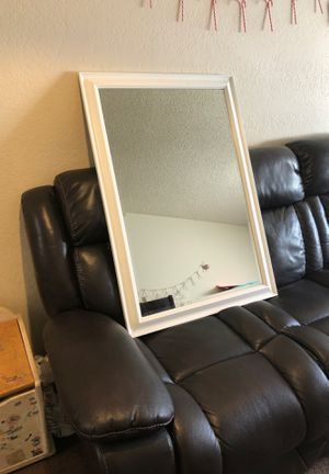 Wall mirror for Sale in Long Beach, CA