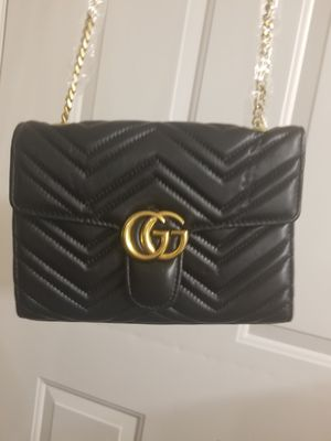 AUTHENTIC looking GUCCI purse for Sale in Bothell, WA