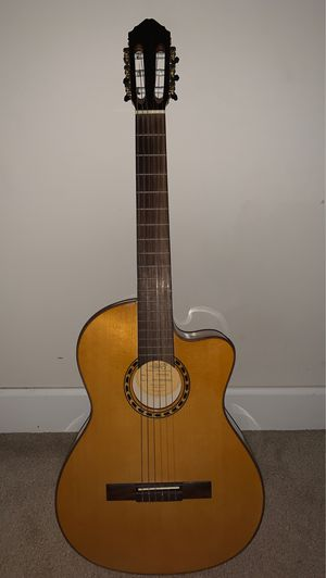 Lucero LFB250Sce Spruce/Cypress Thinline Acoustic-Electric Classical Guitar Natural for Sale in Ashton-Sandy Spring, MD