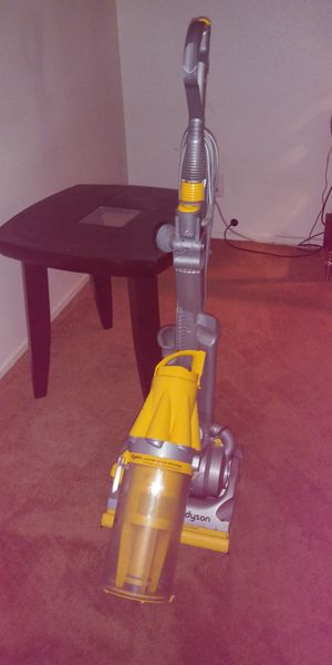 Dyson vacuum cleaner for Sale in Las Vegas, NV