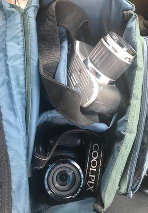 Canon ,Nikon. Cameras... lights, lenses ,sd card for Sale in Atlanta, GA
