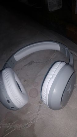 Bluetooth headphones work great for Sale in Lakewood,  CO