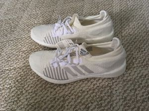 Adidas pulseboost HD size 8.5 mens for Sale in San Jose, CA