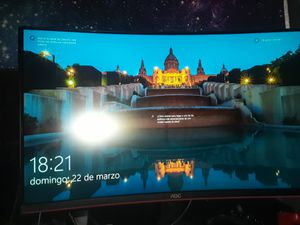 "AOC curve monitor 32"" 144hz for Sale in Glen Burnie, MD"