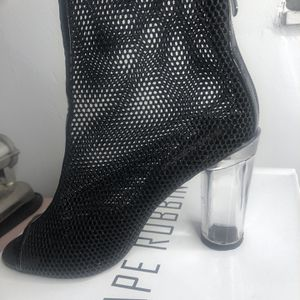 Fashion Shoes for Sale in Fort Lauderdale, FL