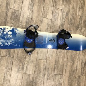 Snowboard and Bindings for Sale in Westminster, CA