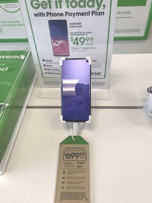 Samsung Galaxy S10 for Sale in Woodinville, WA