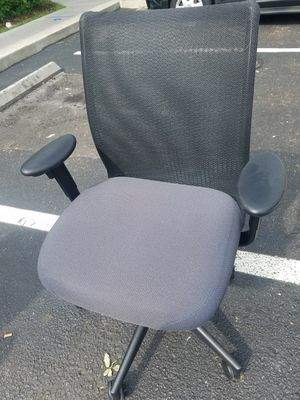 Office chairs all steelcase for Sale in Kissimmee, FL