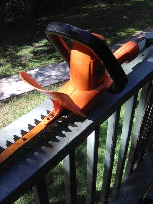 Black & Decker hedge trimmer in good condition works great for Sale in Jacksonville, FL