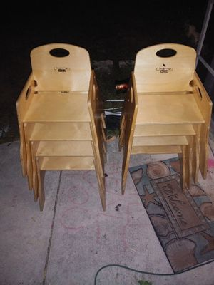 (8) Chairries Jonti-craft wooden booster seat high chair set for Sale in Cape Coral, FL