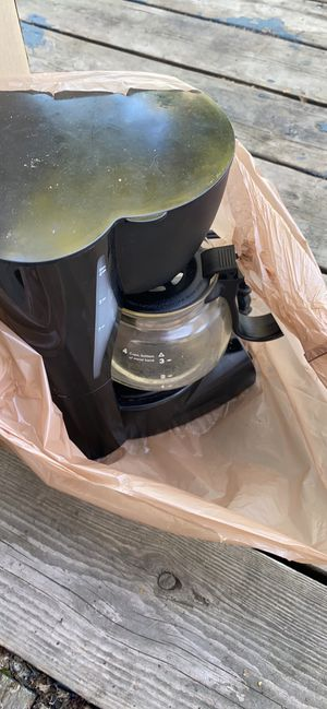 Kitchen items/ plastic containers for Sale in Anchorage, AK