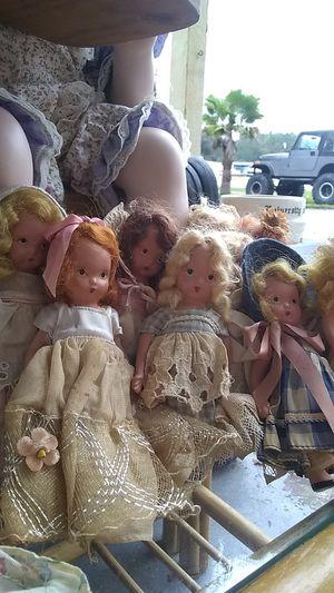 10 vintage story book dolls for Sale in Brooksville, FL