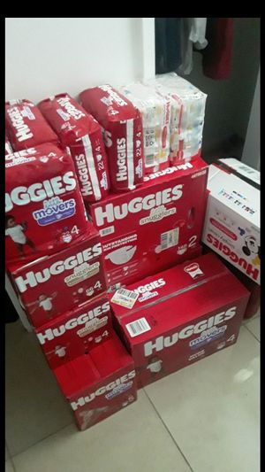 Huggies Diapers and Wips for Sale in Pompano Beach, FL