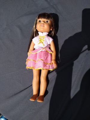 American girl doll brown hair hazel eyes slight freckling on the face used but like new for Sale in Oregon City, OR