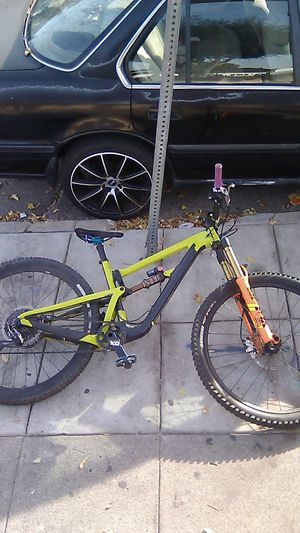 Santa Cruz Hightower LT CC downhill/ hybrid mountain bike for Sale in Santa Ana, CA