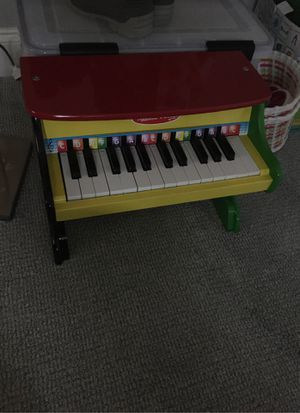 Toddler piano Melissa and Doug for Sale in Washington, DC