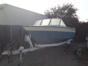 1974 Starcraft perfect fishing boat and ski boat for Sale in Montclair, CA