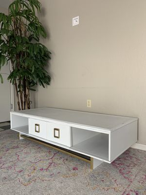 Coffee table or TV Console for Sale in Mesa, AZ