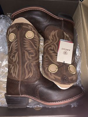 Ariat Cowboy Boots for Sale in Menifee, CA