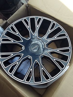 22 inch rims bolt pattern 5x115 and 5x5.5 for Sale in Melbourne, FL