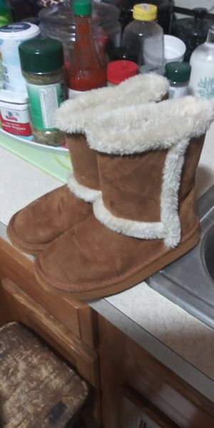 Girls sz12c boots 5dol firm lots deals my post go see for Sale in Jupiter, FL