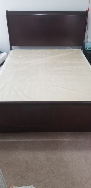 Queen bed frame with box spring for Sale in Westerville, OH