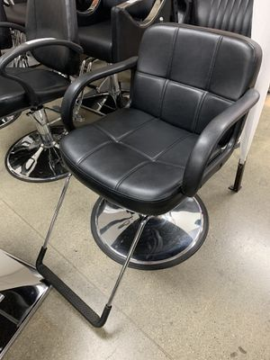 BarberPub Classic Hydraulic Barber Chair Salon Beauty Spa Styling Chair 6154-8837 for Sale in Los Angeles, CA