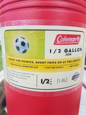 Coleman,1/2 gallon drink coolers for Sale in Davie, FL