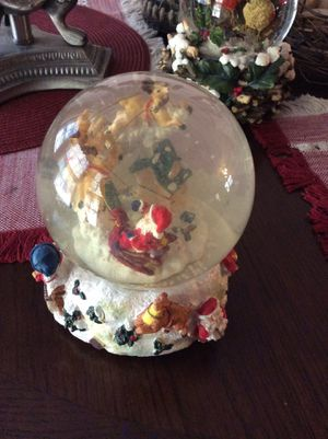 Christmas globe wind up and play music for Sale in McDonough, GA