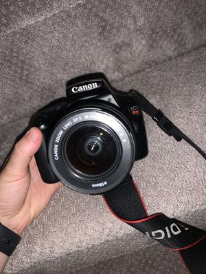 Canon Camera with Charger, Zoom Lense, and Carrier for Sale in Evans, GA