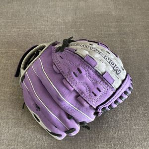 Girls Softball Glove Lefty for Sale in Escondido, CA