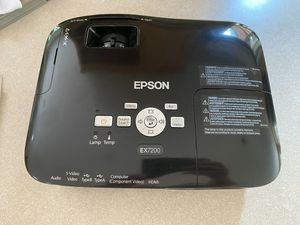 Eason EX7200 Multimedia Projector for Sale in Carnation, WA