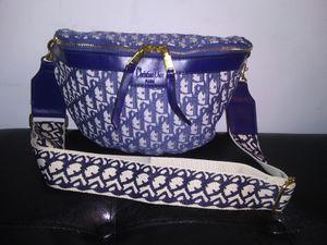 Dior bag for Sale in Marietta, GA