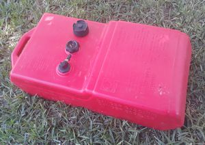 9 gal boat fuel tank. for Sale in New Port Richey, FL