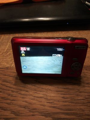 Fulfill 16 mega pixels HD movie t400 for Sale in Windsor, CT