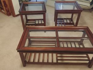 Coffee table & 2 end tables for Sale in Siler City, NC