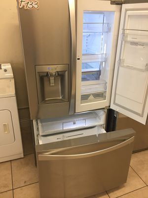 Refrigerator French door fridge with easy access door for Sale in Los Angeles, CA