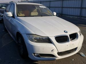 2009 WHITE BMW 328I PARTING OUT! PARTS ONLY! for Sale in Rancho Cordova, CA