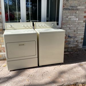Kitchen Aid Washer And Dryer for Sale in Houston, TX