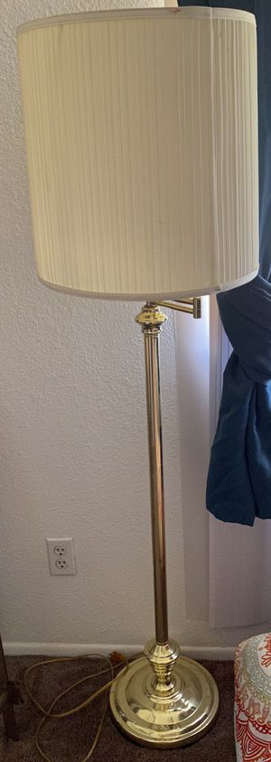 Floor lamp for Sale in Tempe, AZ