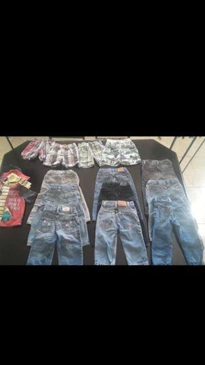 2t boys clothing bundle LOTS OF LEVIS for Sale in Phoenix, AZ