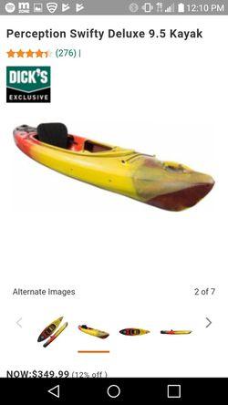 Swifty 9.5 perception kayak & paddle for Sale in Tewksbury,  MA