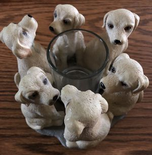 Votive candle holder surrounded by 6 yellow labs, made of resin for Sale in Tewksbury, MA