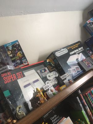 Nintendo boxed consoles for Sale in Pittsburgh, PA