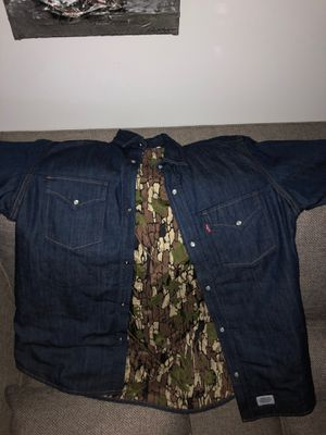 Supreme Levi's jean jacket for Sale in Whittier, CA