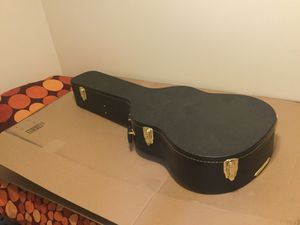 Guitar case for Sale in Brooklyn, NY