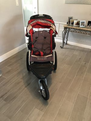 Schwinn stroller jogger missing front food tray for Sale in Palm Harbor, FL