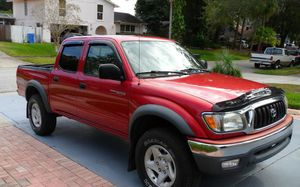 For Saleee 2003 Toyota Tacoma SR5 4WDWheels Clean! for Sale in New York, NY